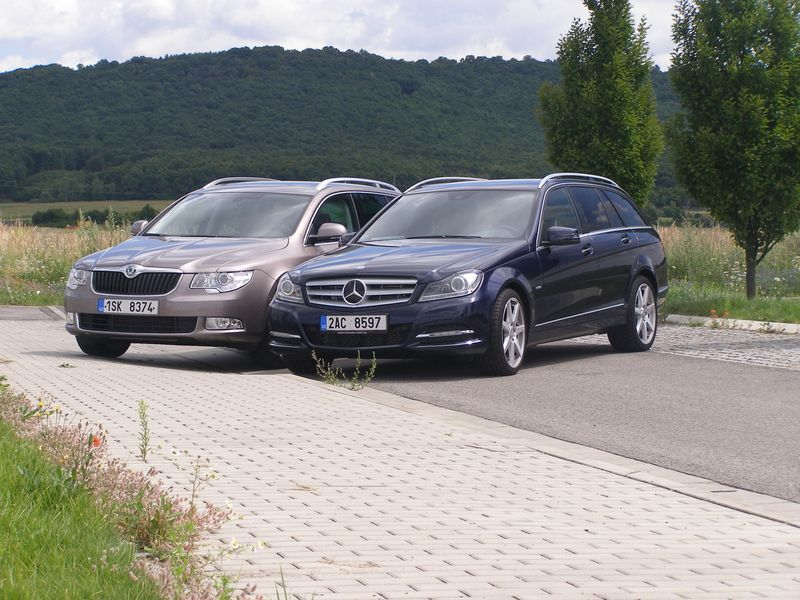 Škoda Superb 2.0 TDI 4x4 vs. Mercedes-Benz C 250 CDI 4Matic