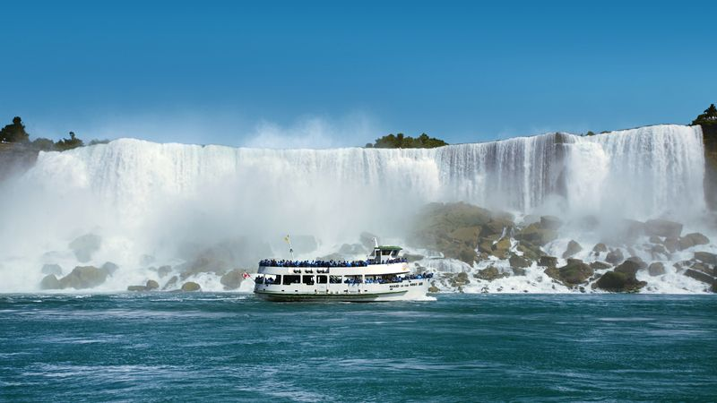 Plavba na Maid of the Mist