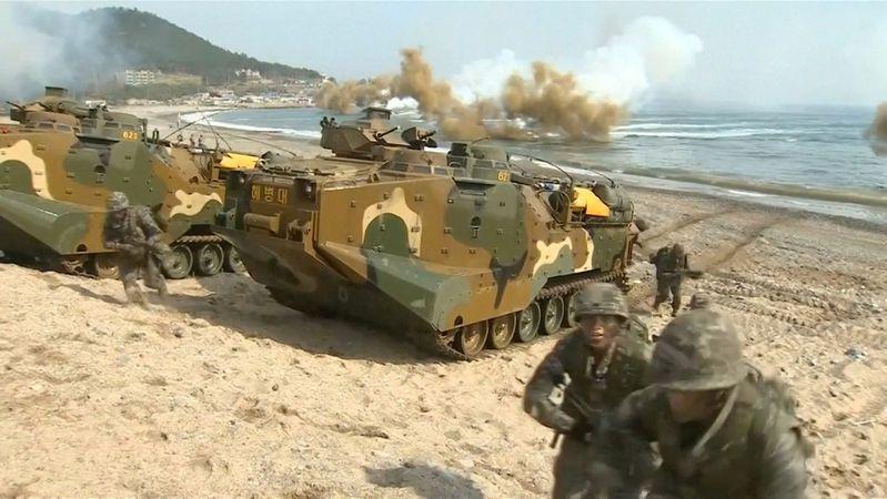 Jižní Korea zahájila vojenské cvičení na souostroví, jež si nárokuje i Japonsko