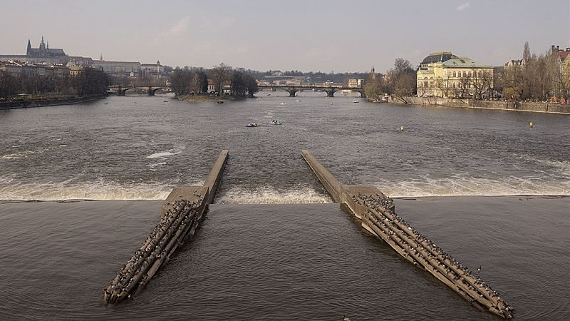 Stavební úřad povolil vznik nové plavební komory v centru Prahy, magistrátu navzdory