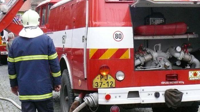 Očkování hasičů nebyla chyba, hájí se nemocnice