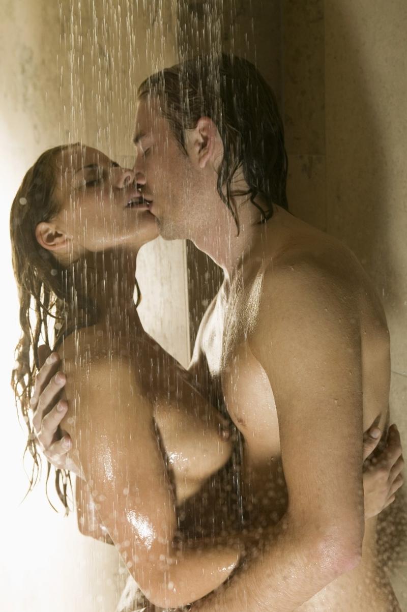 Dívčí sex ve sprše