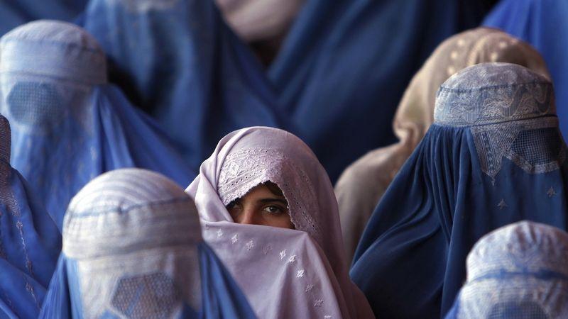 Rozvedené ženy se v Afghánistánu obávají nástupu Tálibánu
