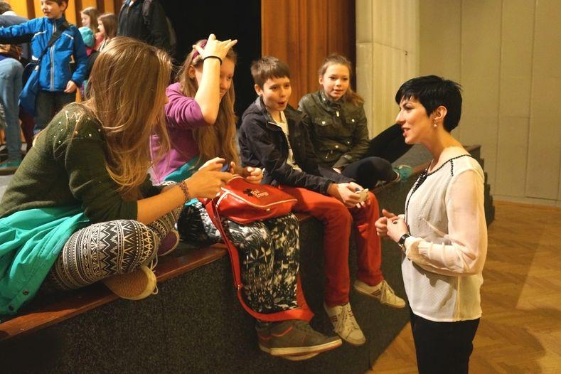 Celoroční projekt Osmička proti rasismu a xenofobii iniciovala radní Markéta Adamová (vpravo).