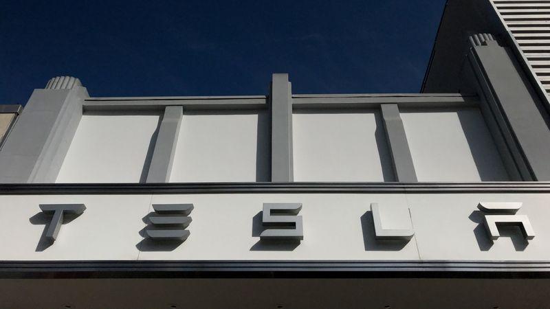 Tesla žaluje bývalého zaměstnance. Měl vynášet tajnosti jen pár dní po nástupu