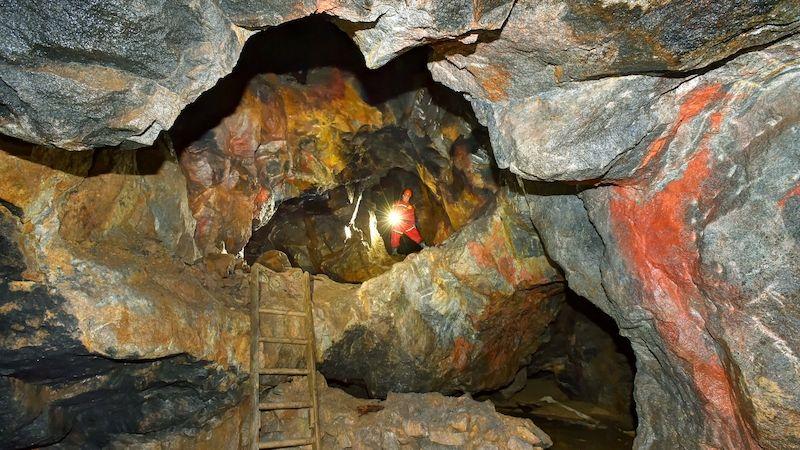 Středověký důl na Karlovarsku představí další prostory
