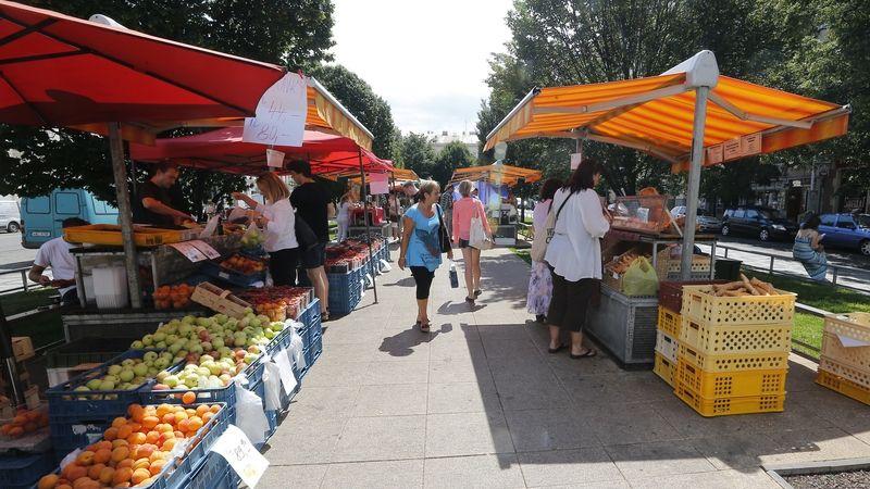 Vláda zvažuje, že povolí farmářské trhy