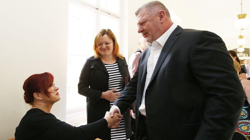 Žalobci se nedovolají proti osvobození Rittiga a Nečasové