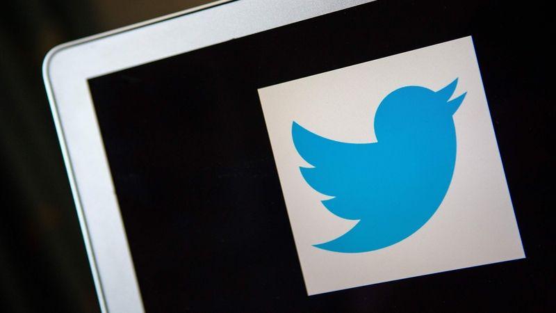 Twitter dostal v Rusku milionovou pokutu. Málo mazal