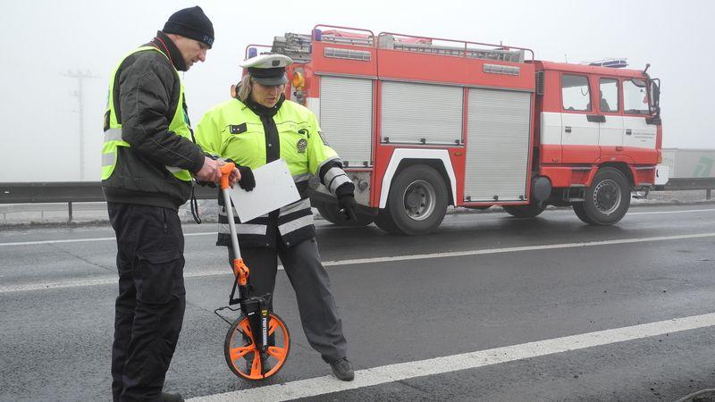 Mladík vjel na Přerovsku s fabií do protisměru, kde trefil dvě auta
