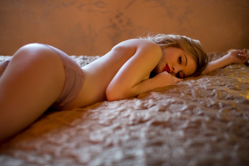 Fotky nudistických dívek