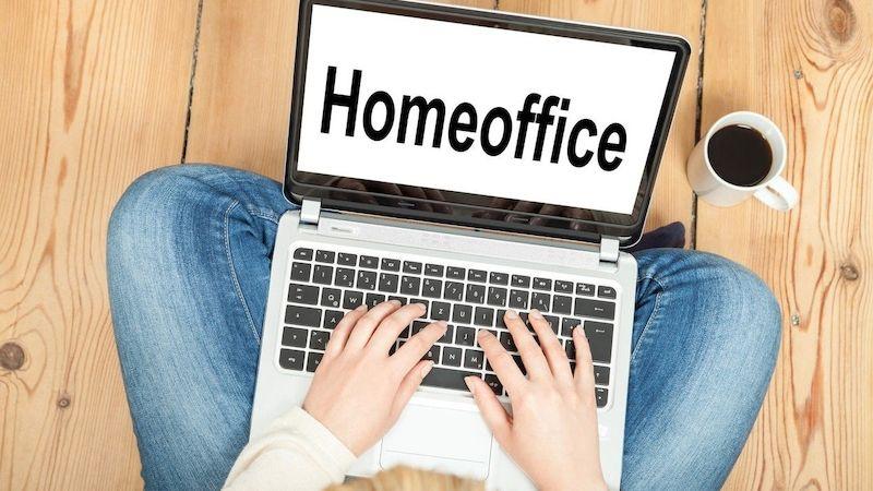 Češi na home office: Jaká je budoucnost pracovního prostředí?