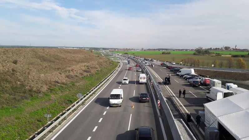 ŘSD: Stavbu D3 i dalších silnic brzdí sporné reference Metrostavu Infrastructure