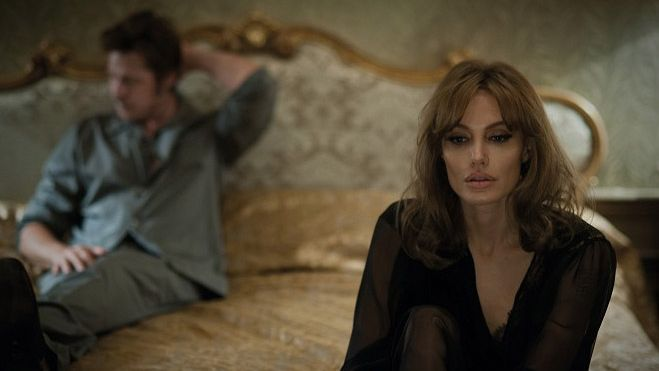 Angelina Jolie ve filmu By the Sea (U moře)