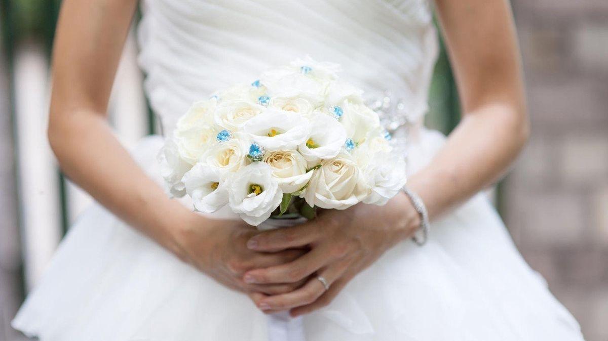 Z gangsterovy nevěsty se vyklubala policistka v utajení