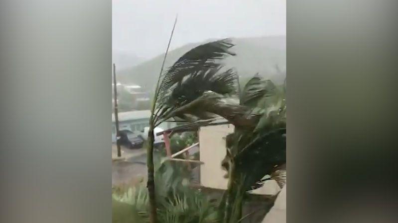 Hurikán Dorian zatím způsobil v Karibiku jen malé škody
