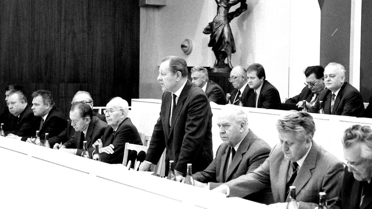 CIA počítala se změnami v Československu až v roce 1990