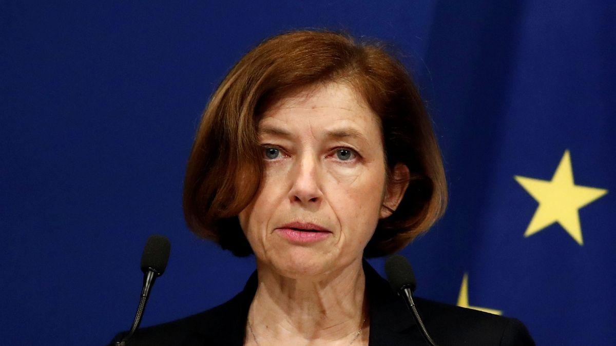 Francie potrestá generály za dopis Macronovi