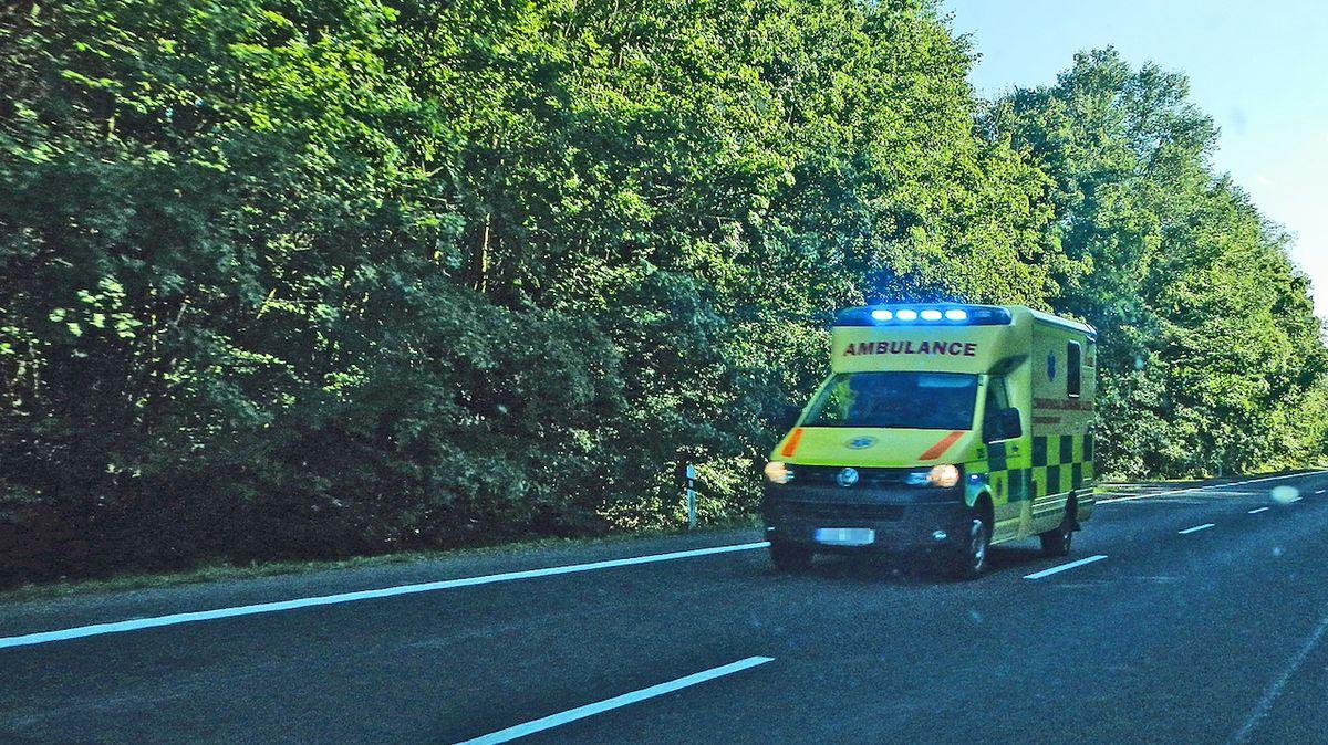 Na Vyškovsku zemřel mladý řidič, auto rozpůlil o strom