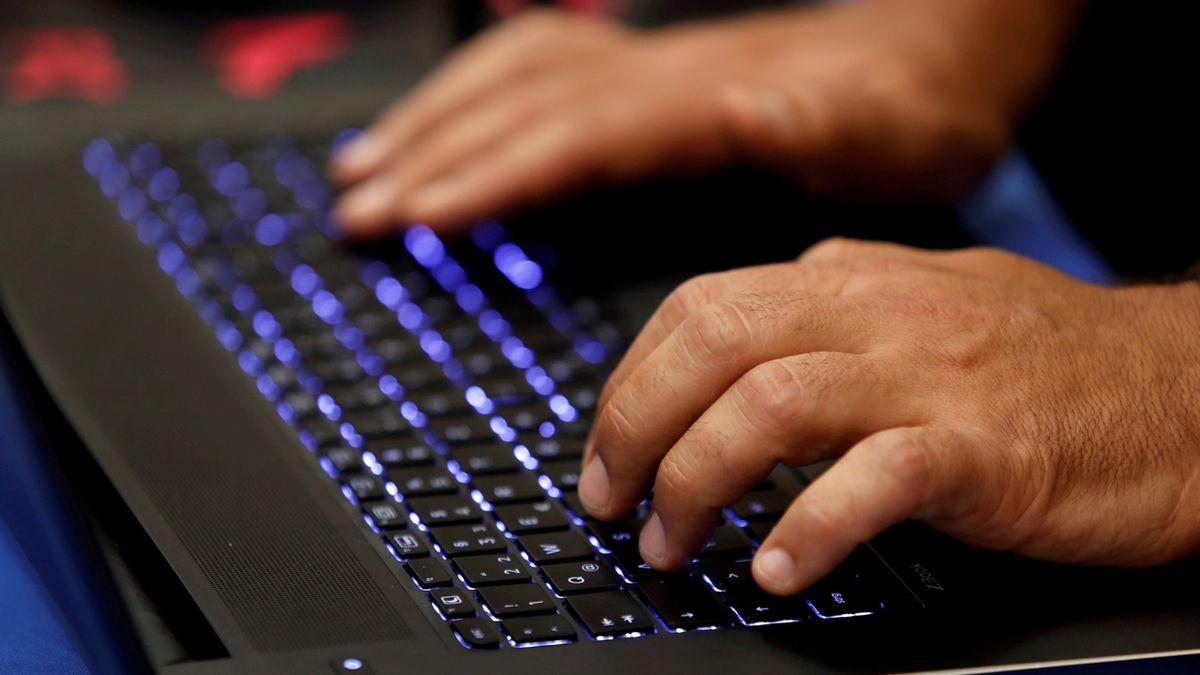 Útočili ruští hackeři, tvrdí ukrajinská tajná služba