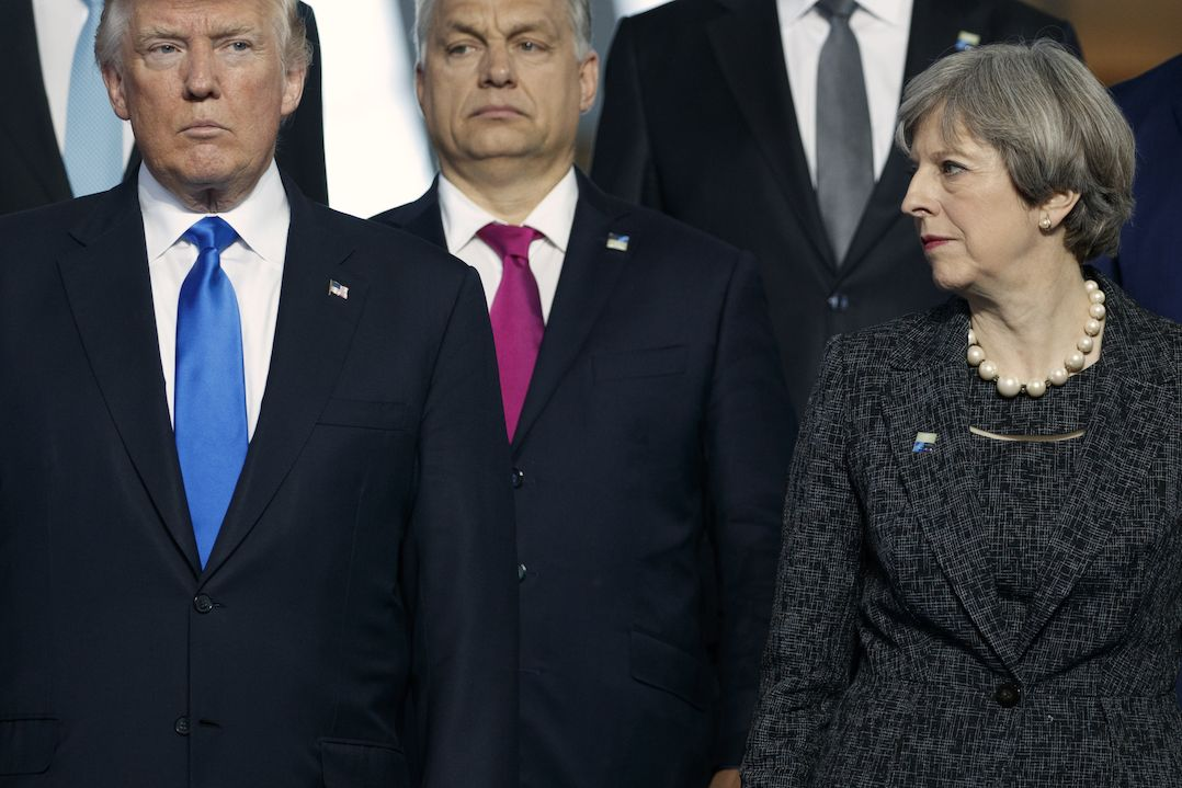 Donald Trump, Viktor Orbán a Theresa Mayová