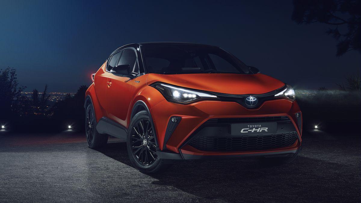 Toyota zmodernizovala C-HR, k mání je se silnějším hybridním motorem