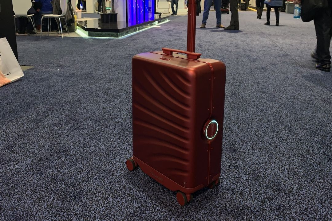 Chytrý kufr Rover SPEED AI Robotic Suitcase