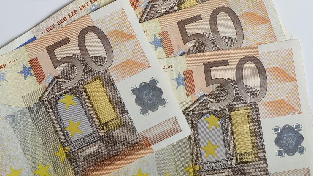 Představitelům komunistického režimu chtějí na Slovensku snížit důchody
