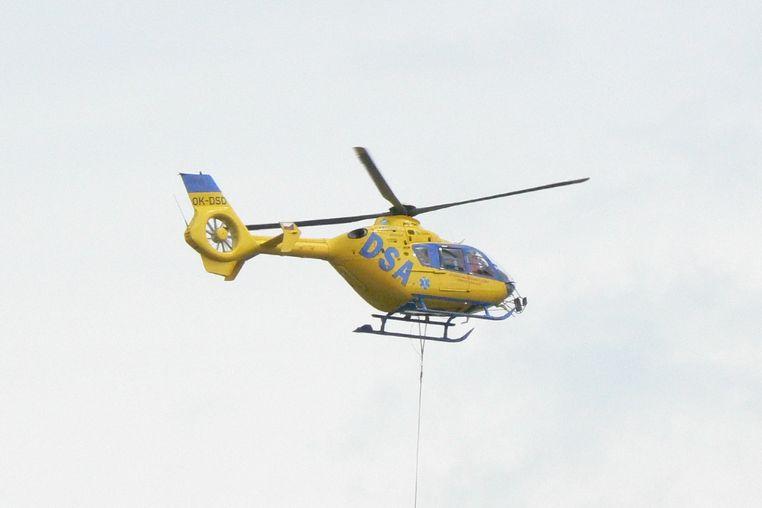 Zraněného přepravil vrtulník