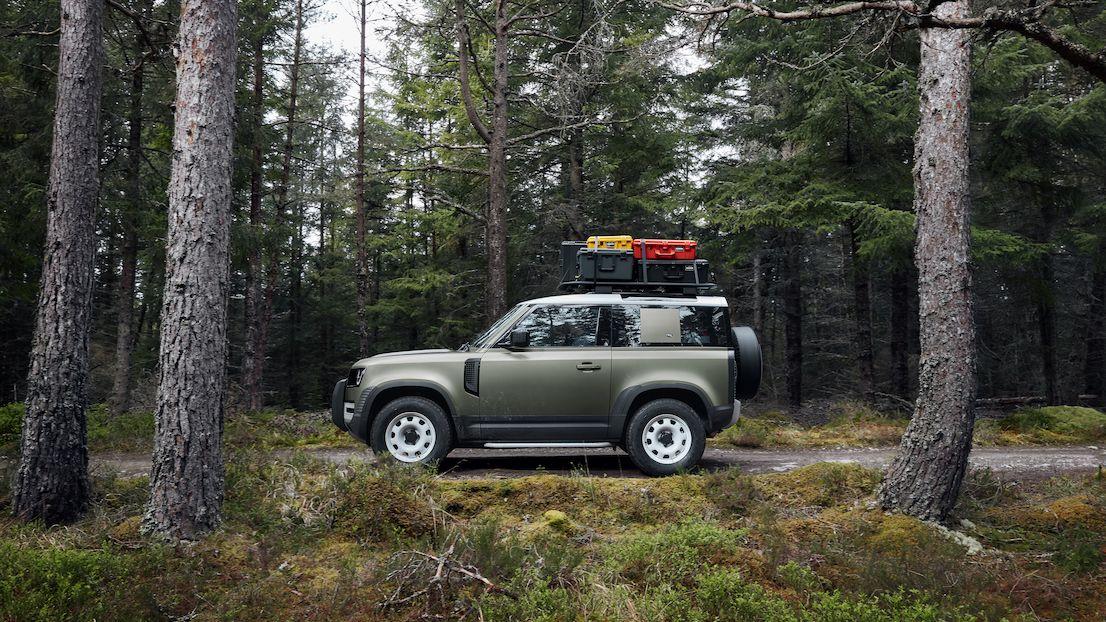 Další plány Land Roveru: Levný základ i luxusní kočár