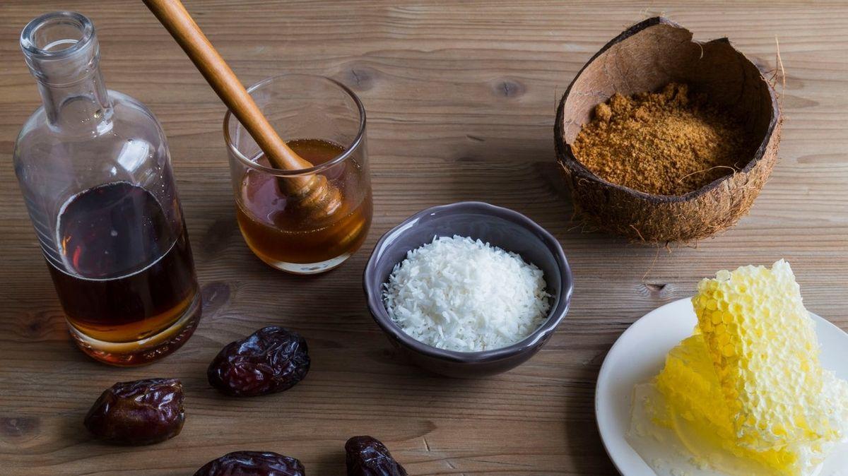 Přírodní sladidla, kterými lze nahradit bílý cukr