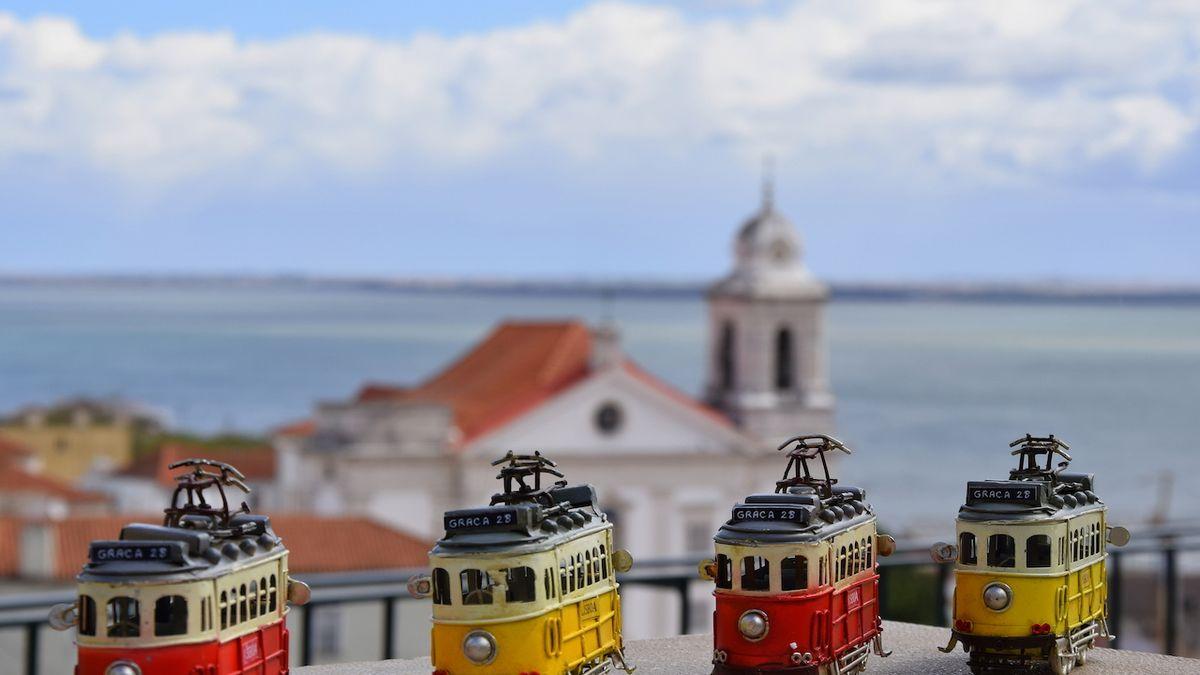 Do Portugalska přijelo kvůli pandemii o 92 procent méně hostů ze zahraničí