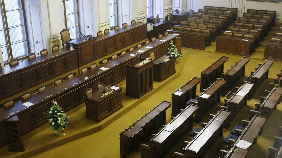 Poslanci svedou bitvu o lesní zákon