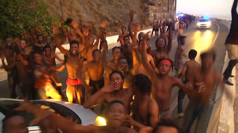 Španělští pravičáci by chtěli stavět zdi proti migrantům už v Africe