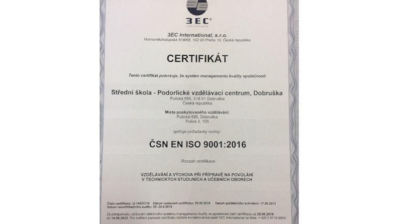 Dobrušská škola úspěšně obhajuje certifikát potvrzující vysokou kvalitu vzdělávání
