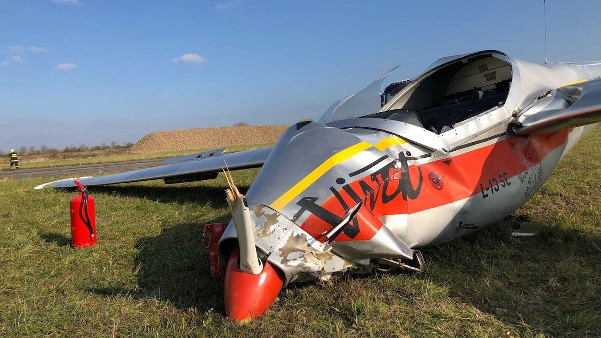Při pádu malého letadla na Českolipsku se zranili dva lidé