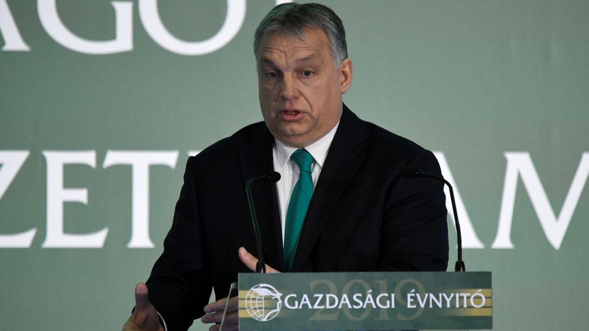 Orbán chce dát Turecku další peníze, aby nepouštělo uprchlíky. Hranici bude bránit silou