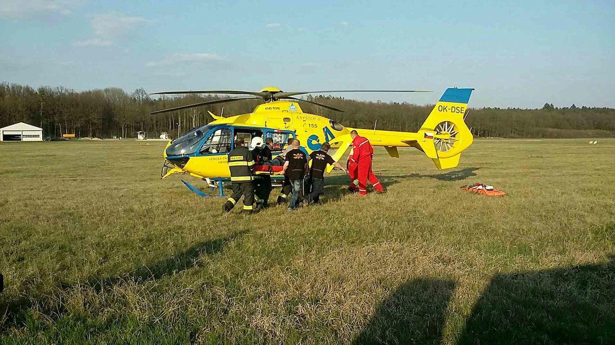 V Karviné zemřel mladík po pádu z 15 metrů. Další se zřítil v Kopřivnici z hlediště