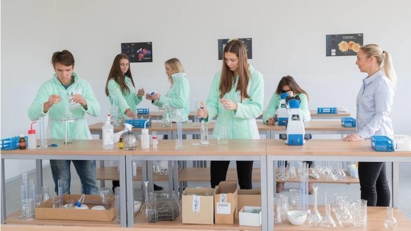 Skupina AGEL otevřela vOstravě Vyšší odbornou školu zdravotnickou
