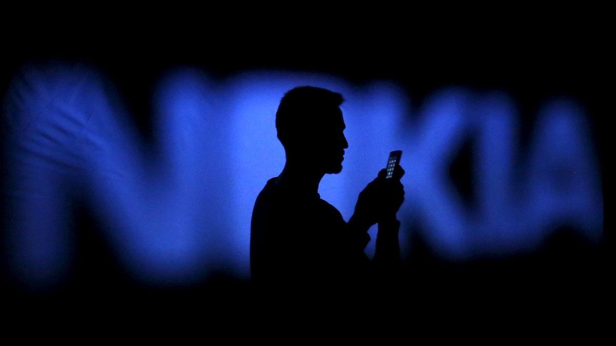 Daimler a Nokia urovnaly patentové spory, Daimler bude platit poplatky