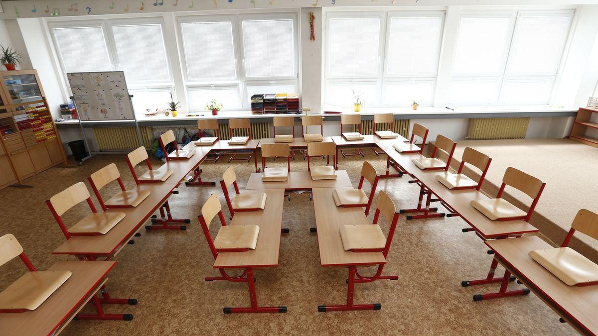 Turecká škola v Budapešti budí vášně