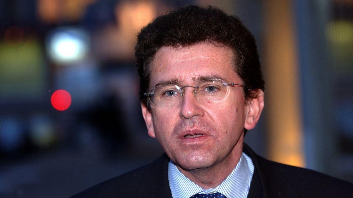 Soudce Fenyk: ÚS vstoupil do politiky, to mu nepřísluší