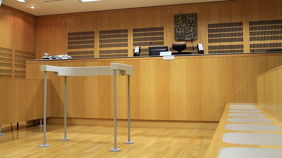Za půlmiliardový podvod potvrdil soud podnikateli osm a půl roku