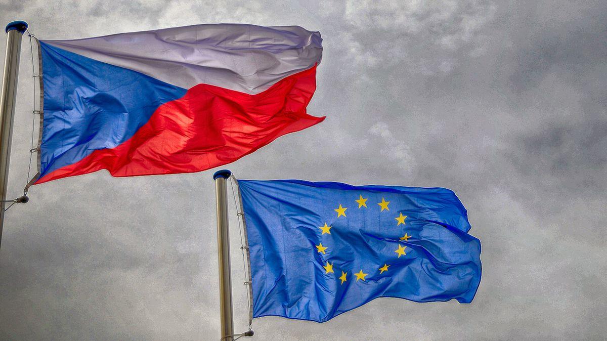 NKÚ: Česku chybí vize směřování, peníze z dotací jdou hlavně k velkým korporacím