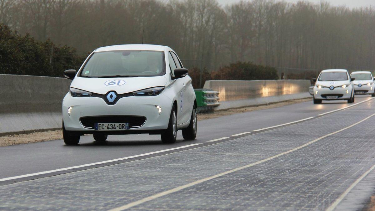 Projekt první solární silnice na světě skončil fiaskem
