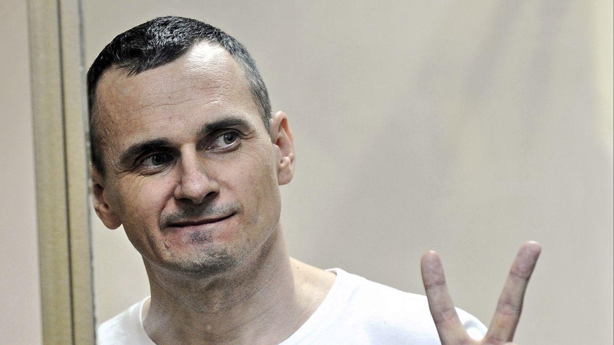 Ukrajina a Rusko si vyměnily vězně, včetně režiséra Sencova