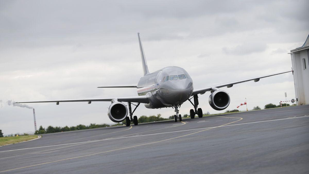 Česko posílá pro rychlostesty na koronavirus dvě letadla do Číny