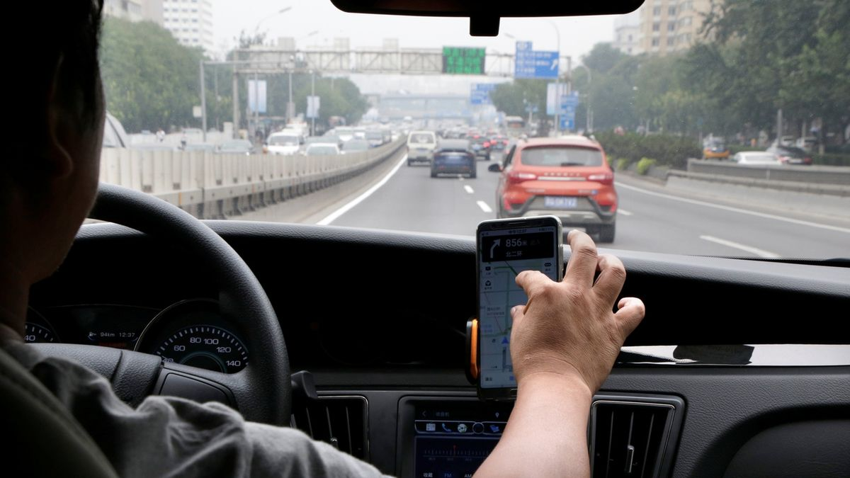 Čínský regulátor zakázal nabízet aplikaci Didi, argumentuje ochranou údajů