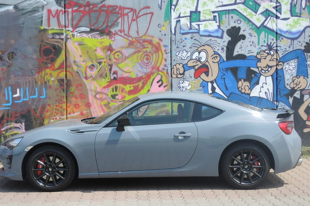 Toyota GT86 Black Touch