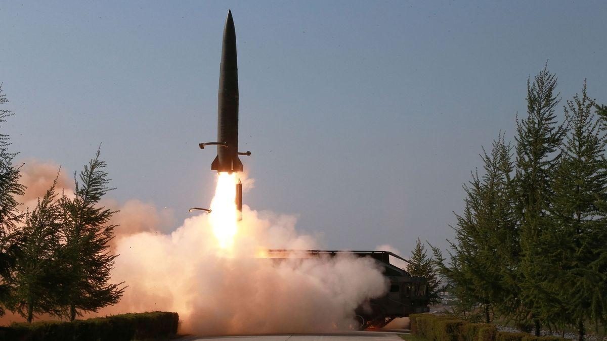 Severní Korea oznámila, že provedla test nové protiletadlové rakety